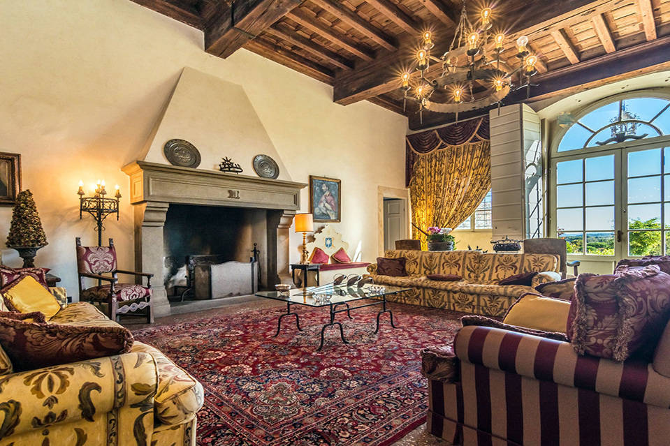 Tips for americans buying real estate in tuscany mansion - Tuscany sotheby s international realty ...