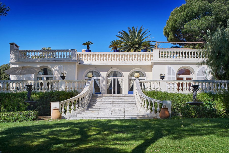 The french riviera s most valuable real estate mansion for Luxury french real estate