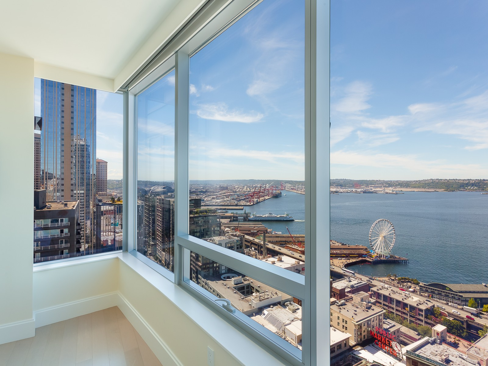 Ordinaire Excellent Seattle Luxury Apartments The View From A Million Two Bedroom  Oneandahalf Bathroom Condo In Downtown Seattle View Full Listing Realogics  Realty ...