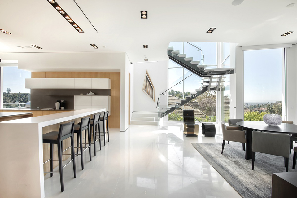 Listing Of The Day A Sleek Estate In Bel Air Mansion Global