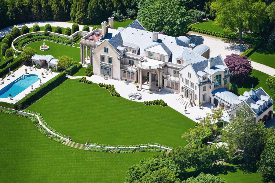 High end homes prices fall in the u s mansion global for Mansion house price