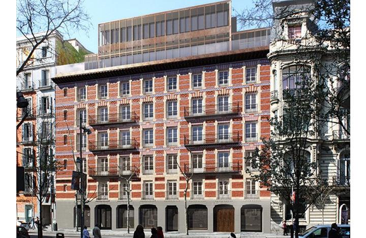 Con una combinación de arquitectura clásica y moderna, Serrano 7 es un nuevo edificio residencialen