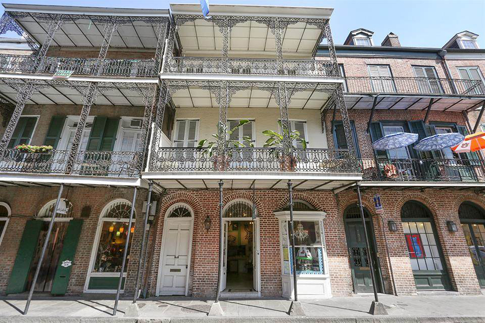 Listing Of The Day A Charming French Quarter Townhouse Mansion Global