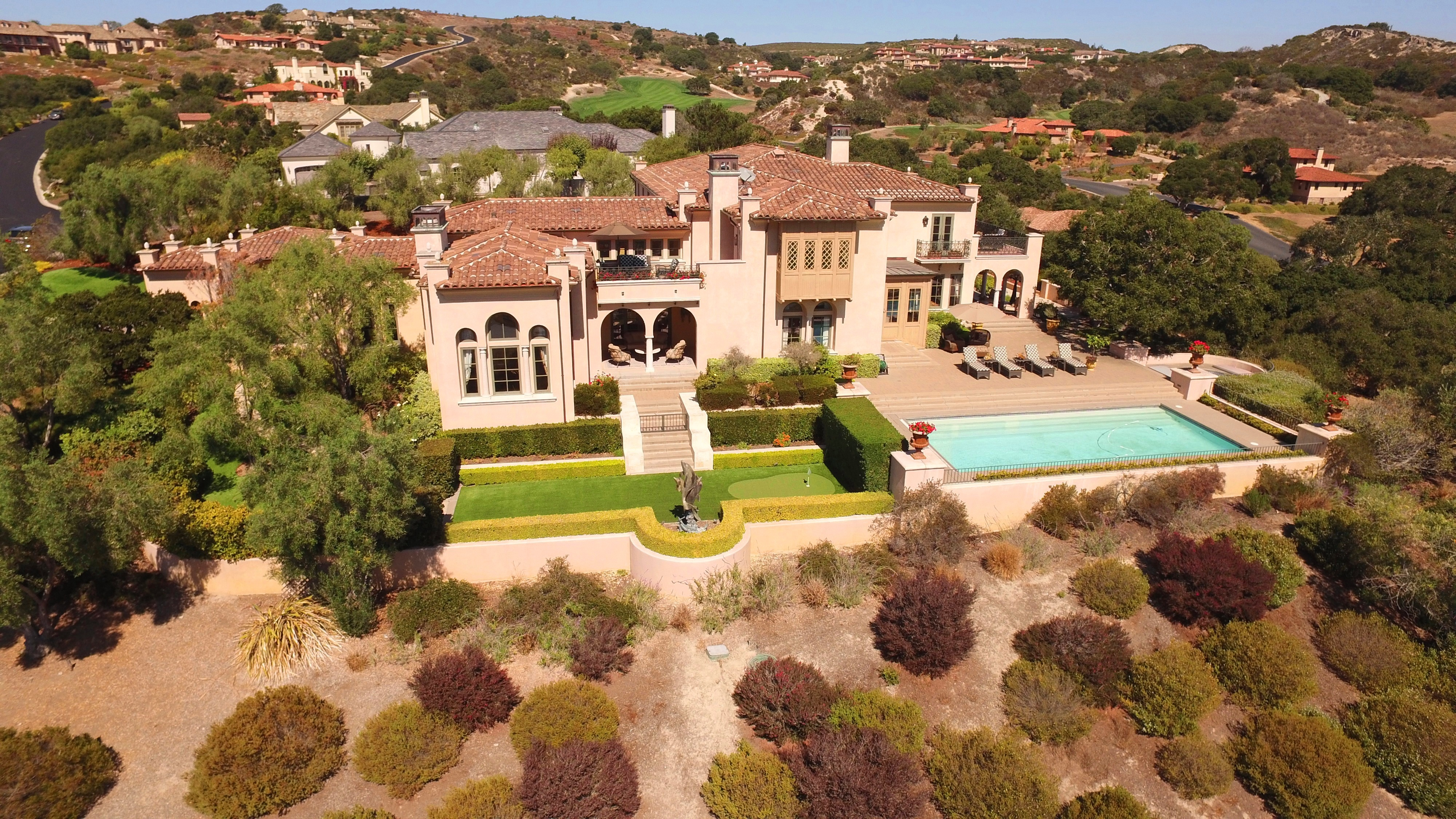 Living the dream five real big little lies luxury homes for Luxury houses in california