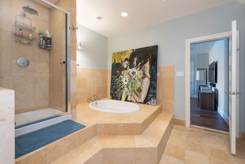 There are four-and-a-half baths total in the penthouse that was once owned by Britney Spears.