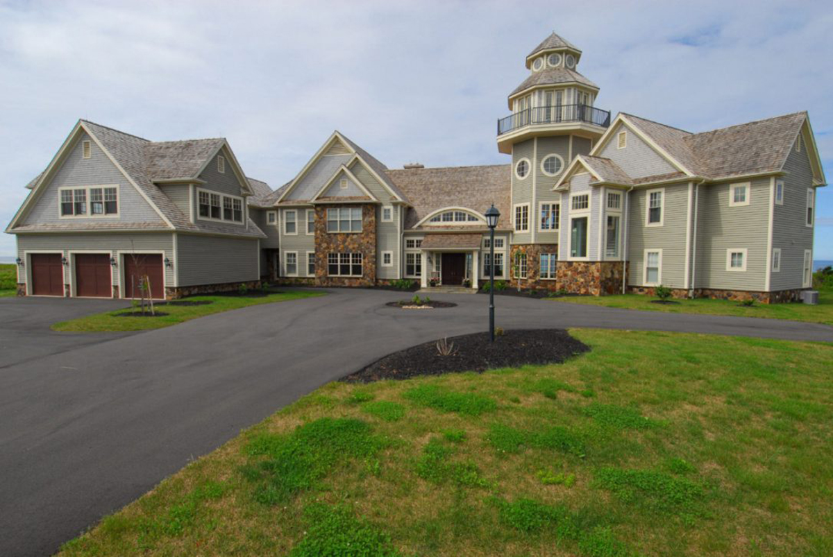 A mansion on prince edward island sells for a record 4 7 for Pei home builders