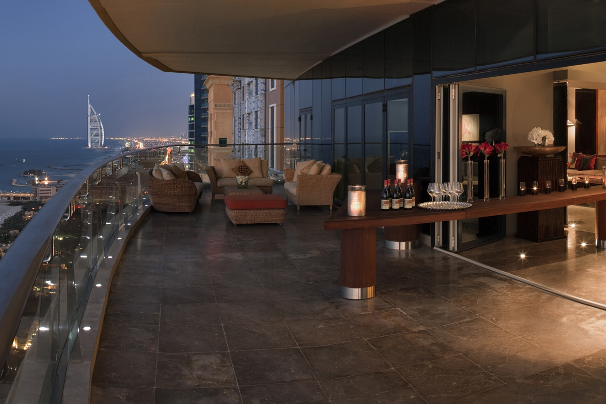 Mansion Global View From The Top Five Penthouses With