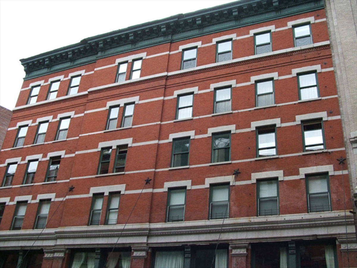 Ms. Swift is one of several celebrities to have a home in the Sugarloaf Building in downtown Manhatta