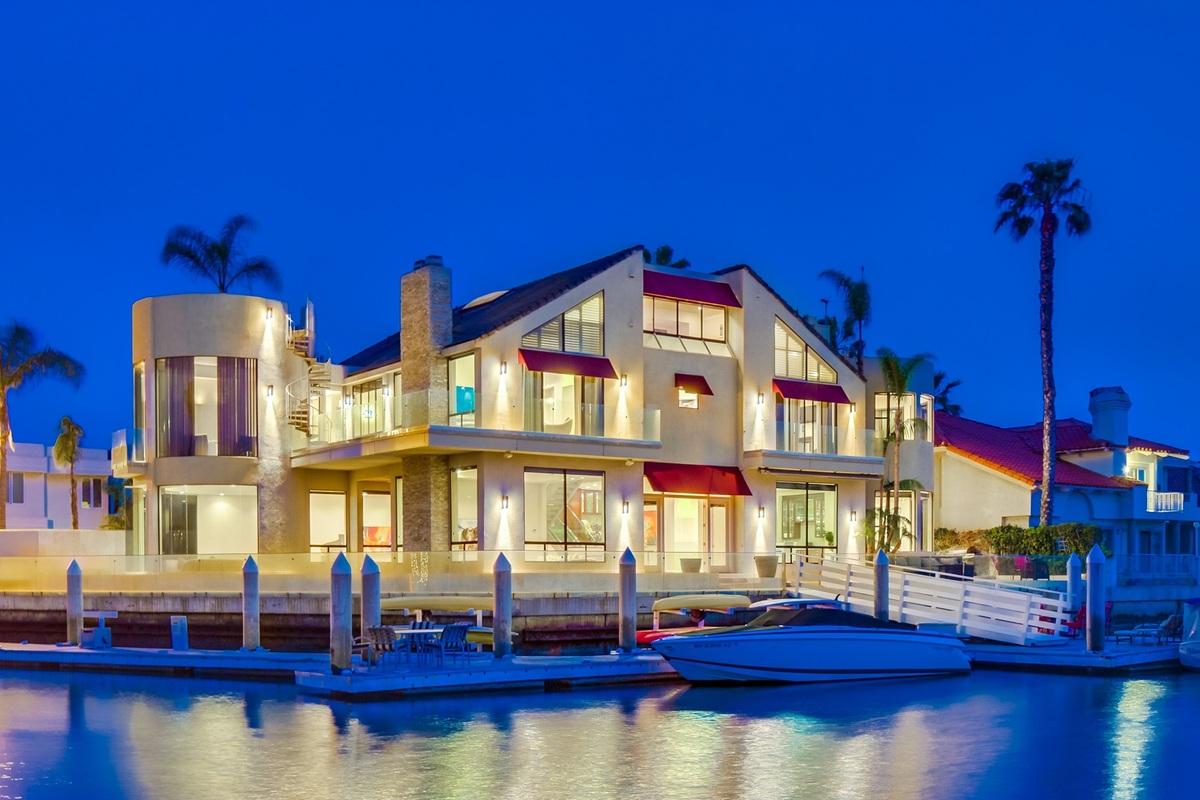 Coronado Island Houses For Sale