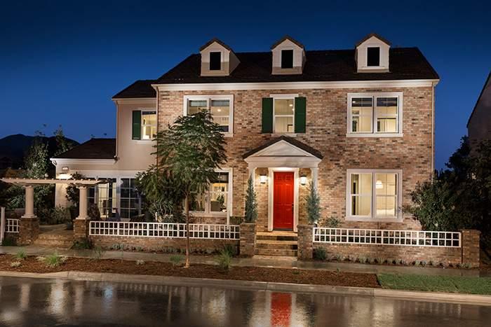 灯塔公园社区(Beacon Park)Oakmont小区新屋外观实景图。(图片来源:CalAtlantic Homes)