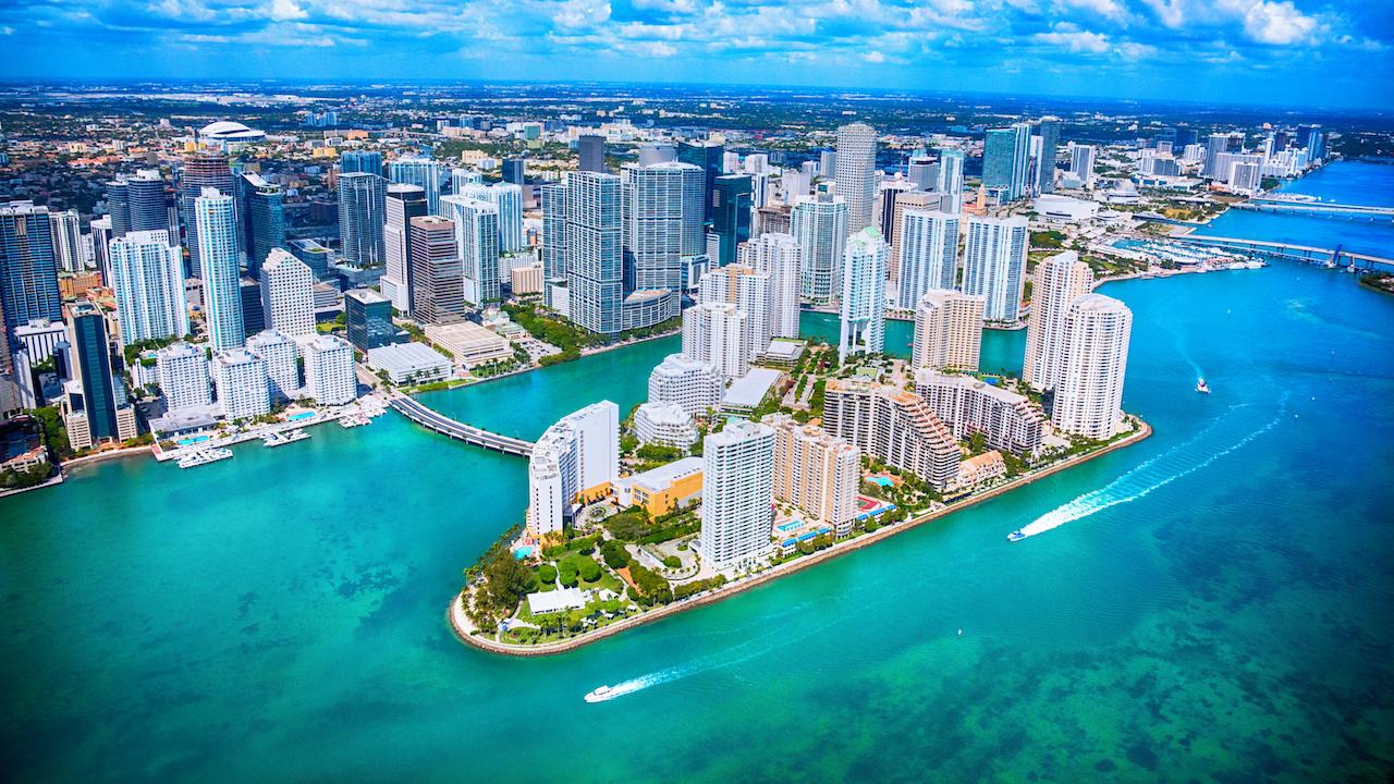 Se realizaron 591 ventas de propiedades de lujo de US$1 millón y más en Miami durante el segundo trimestre, un aumento de 18,2% anual.