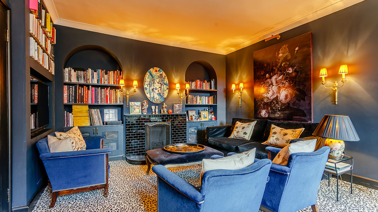 This Eclectic Art Deco Apartment May Fit the Bill for a London Pied-a-Terre