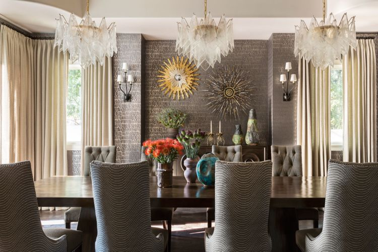 Jeff Andrews Used Wallpaper Inspired By Handmade Pottery And A Trio Of  Vintage Crystal Chandeliers To Give A Luxurious Yet Livable Look To A  Formal Dining ...