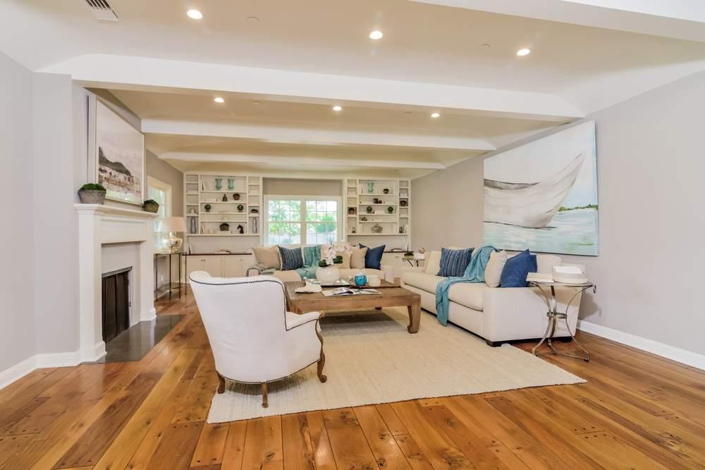 全部翻新的房屋内部。(图片来源:Josephine Yang & Coldwell Banker Residential Brokerage)