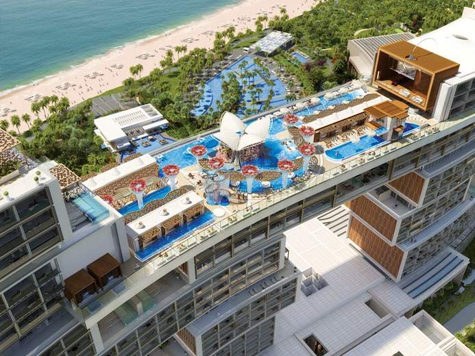 The Royal Atlantis sky pool & lounge.